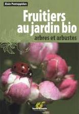 """Couverture """"Fruitiers au jardin bio : arbres et arbustes"""""""